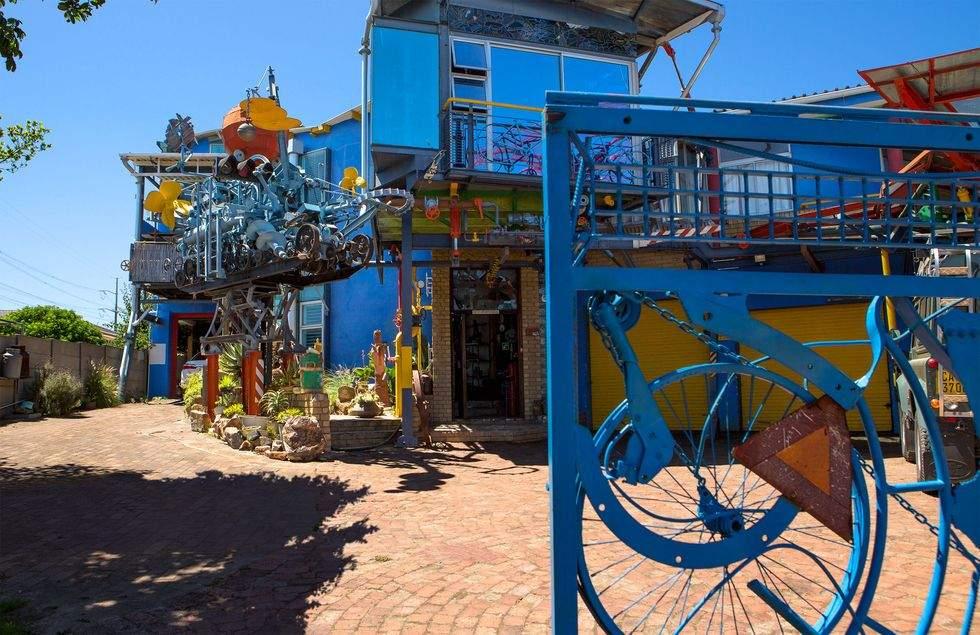 Блакитний будинок, ПАР
