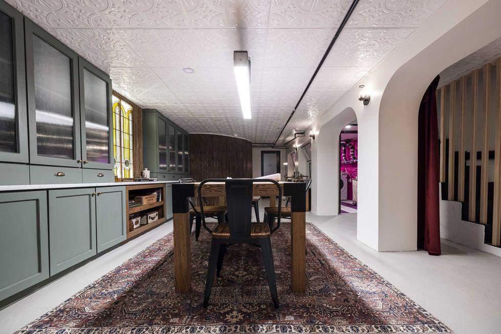 Як перетворити старий підвал в офіс