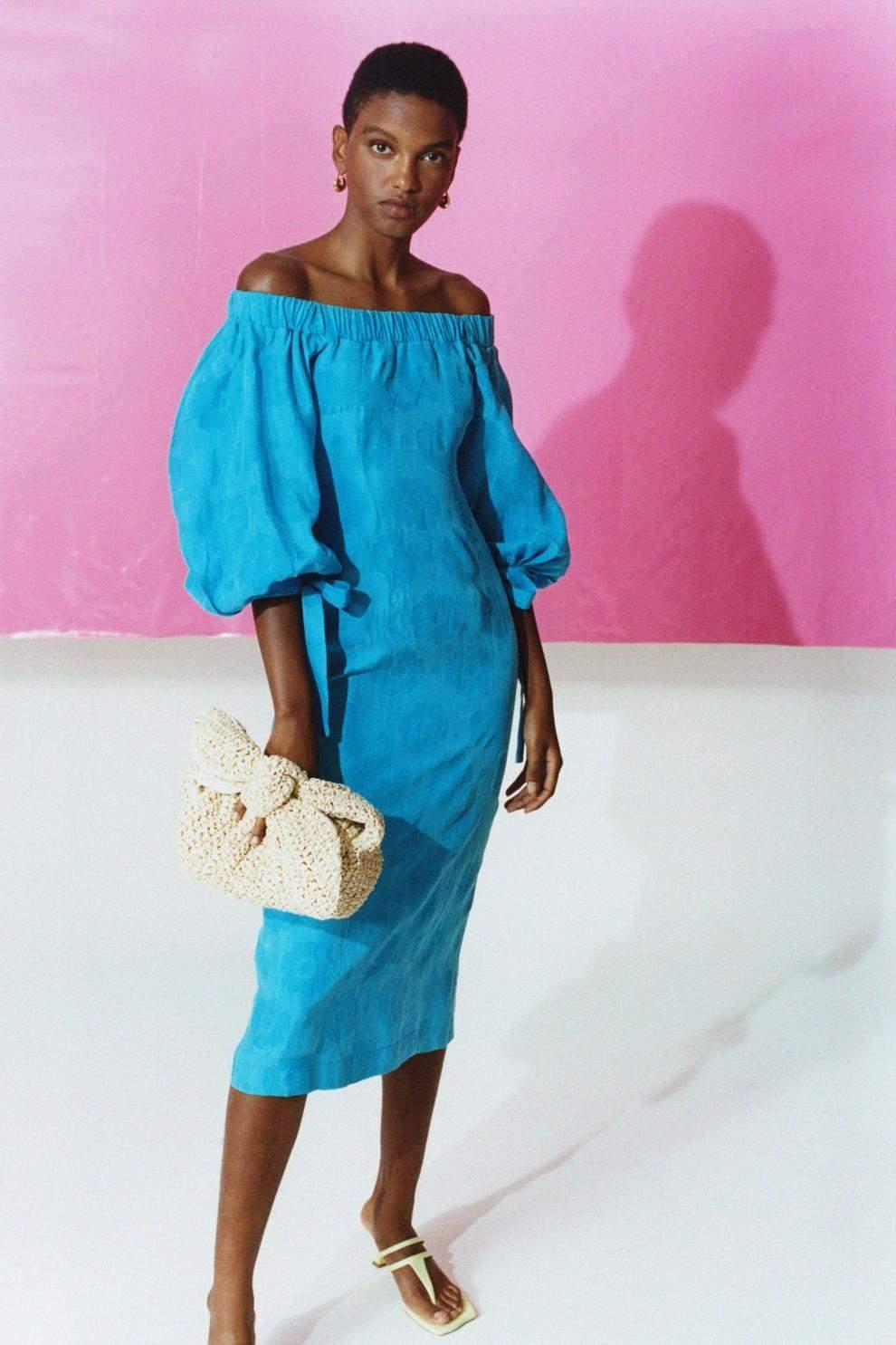 Легкі лляні сукні на літо