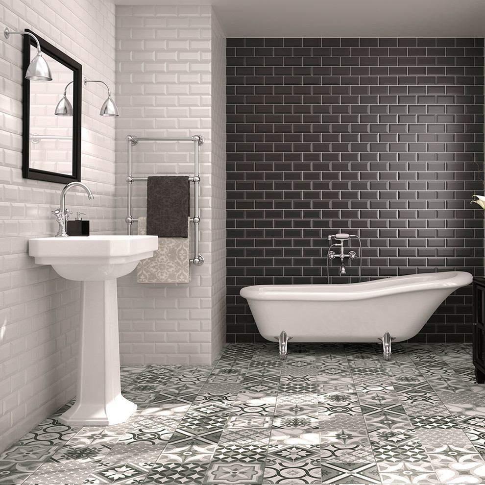 Чорно-біла ванна